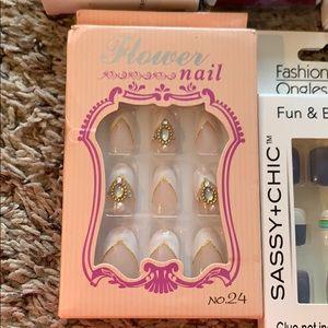 Makeup - Fake Nails Fake Nail Lot Glue On Nails 29 Sets
